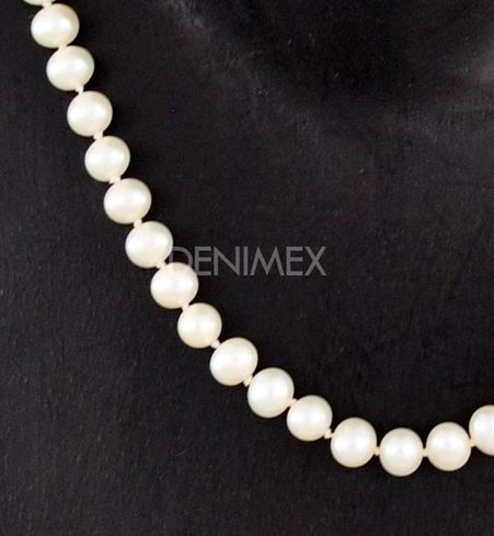 Perlový náhrdelník P10a